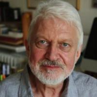Oliver Bowden